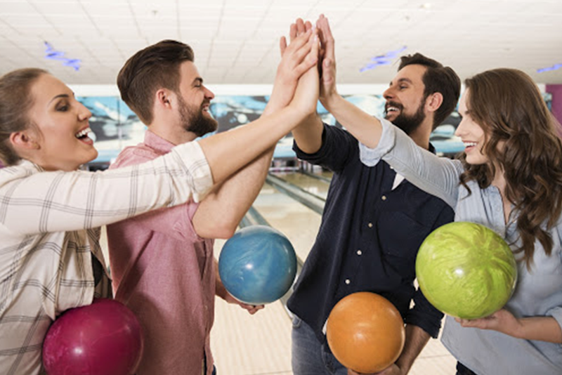 Adult Leagues | Adult Bowling Leagues | Adult Bowling Clubs | Competitive Bowling Leagues | Casual Bowling Leagues | Traditional Bowling Leagues | Sanctioned Bowling Leagues | JB's on 41 | Milwaukee, WI