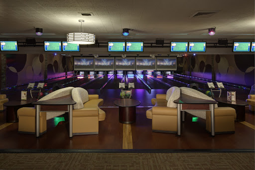 Suite 41 | Boutique Bowling | Suite 41 luxury lanes | JB's on 41 | Milwaukee, WI