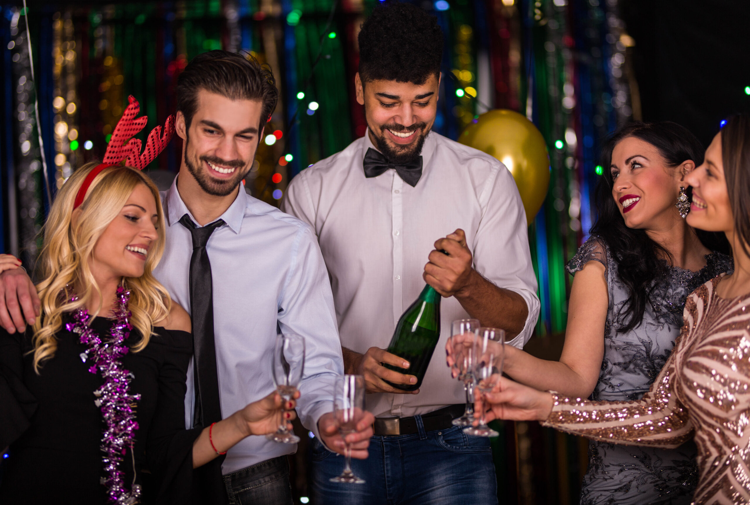 holidays at JB's on 41 | nye at the bowling lanes | safe fun for nye | JB's on 41 | Milwaukee, WI